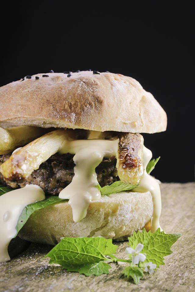Reh, Wild, Rezept, Burger, Spargel, Knoblauchsrauke, Wildburger,